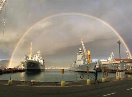 Auguri con l'arco di trionfo, degno saluto per le nuove navi Vulcano e Tahon di Revel